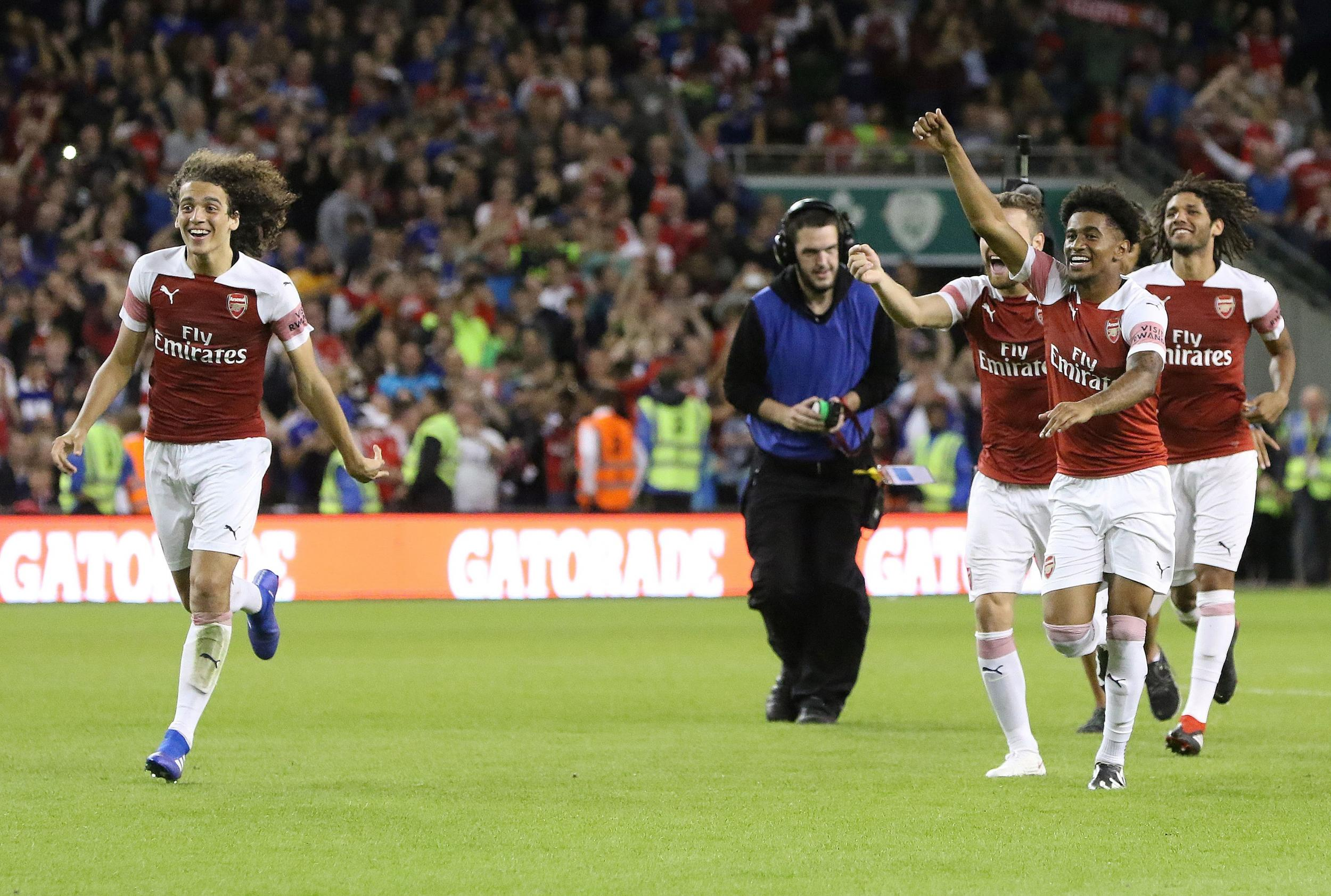 Maillot Domicile Arsenal Stephan Lichtsteiner